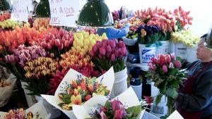 Pike Place Market Photos-Flowers 9.jpg
